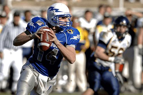 quarterback holding the ball online sports betting